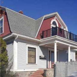 820 N Center St, the Riegg house