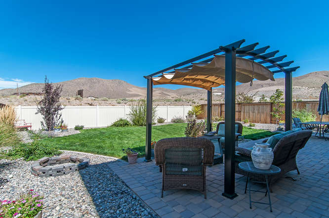 3025 Show Jumper Ln Reno NV-small-004-4-05-666x443-72dpi